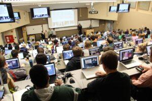 laptop kommunikáció generáció