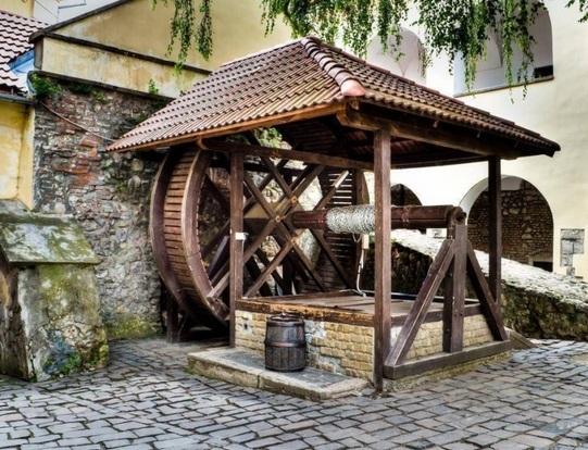 ivóvíz Munkács vár ásott kút